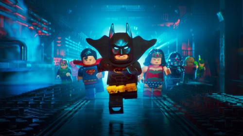 駄々っ子バットマンが「ヤダヤダヤダ!」 3頭身のレゴ人形たちが愉快な『レゴバットマン ザ・ムービー』特報映像
