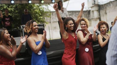 「刑務所一の美女」を競うミスコンが開催されて話題に 優勝は窃盗罪で懲役39年の美女!