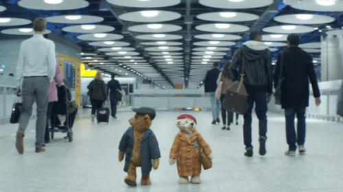 【涙腺崩壊】テディベアを巧みに使った英ヒースロー空港のクリスマスCMが「感動する!」と話題に