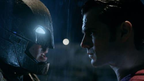 【募集終了】超大作『バットマン vs スー パーマン ジャスティスの誕生』ゲスト登壇ジャパンプレミアに5組10名様をご招待