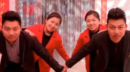 激似の双子姉妹と結婚した激似の双子兄弟、間違い防止のため整形へ【動画】