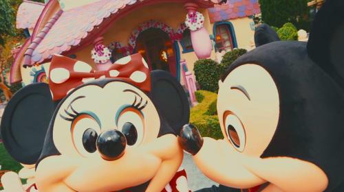 【ディズニー情報】楽しそうなデート姿にいつまでも「変わらないでいて!」 ミッキーマウス&ミニーマウスの「バースデー」に特別動画公開