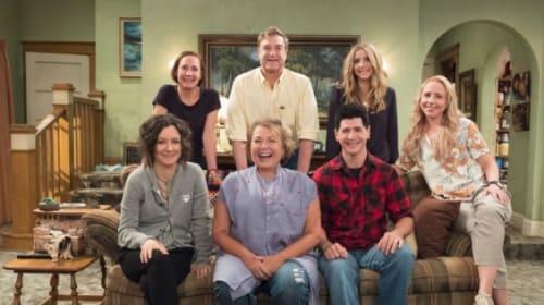 米人気シットコム『ロザンヌ』主演女優が人種差別ツイート、ABCは番組打ち切りを決定