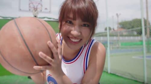 大人気モデル・久松郁実がいろんなコトに体当たりする可愛すぎる動画番組が開始