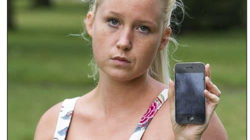 "iPhoneによって自慢のバストが... 英女性(24歳)に起きた災難に""寝スマホ派""も騒然"