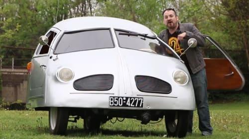 カーマニアが「史上最低の車」に乗車、そのヒドさをリポートする動画が話題に