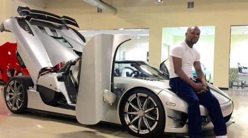 無敗の世界チャンピオン、メイウェザーが引退試合を前に5億円のスーパーカーを爆買いして話題に