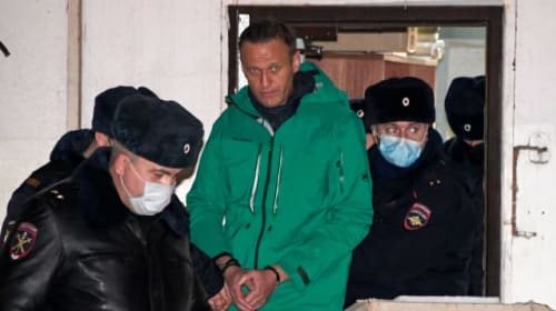 Russian court orders Alexei Navalny to jail for 30 days
