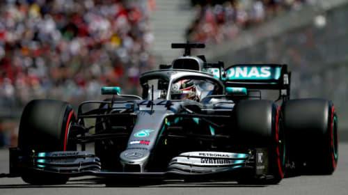 Mercedes face late rush to fix Hamilton's car