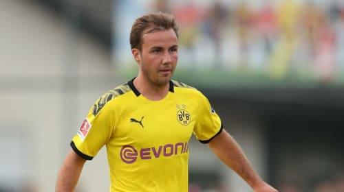 Gotze open to move abroad despite Dortmund contract talks