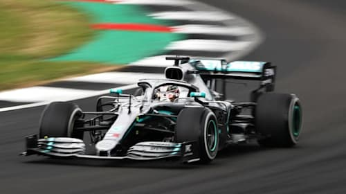 Hamilton secures British GP history at Silverstone