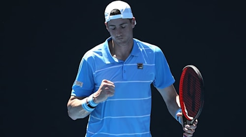 Top seed Isner reaches Newport quarters, Mannarino and Thompson depart