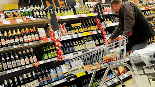 Alcohol sales fall to lowest level on record in Scotland