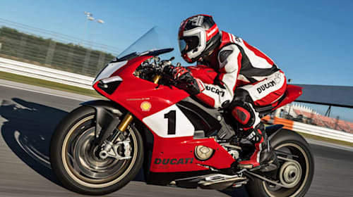 Ducati celebrates 25 year anniversary of 916 with limited-edition Panigale V4 S