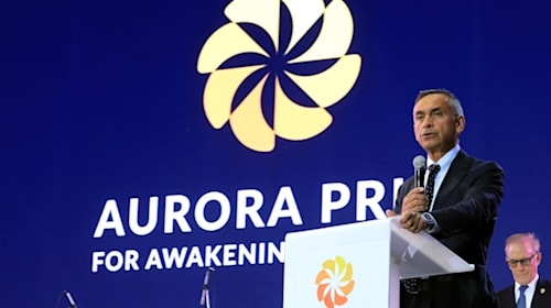 Lord Darzi named chairman of Aurora Prize selection panel