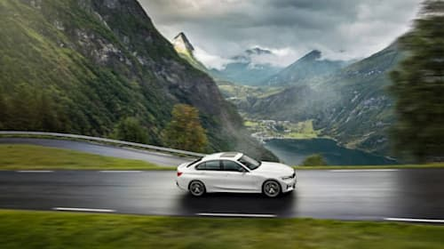 BMW rolls mild-hybrid technology out across its range