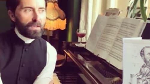 Bartender-turned-vicar raises spirits with online lockdown singalongs