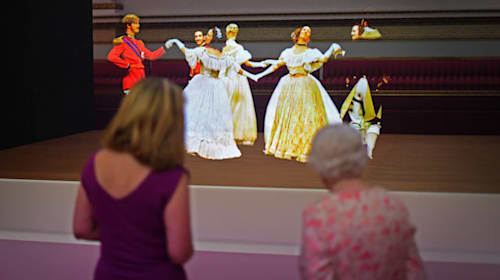 Queen 'totally engrossed' by 3D recreation of Victorian ball