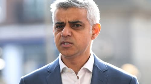 Mayor of London reveals plan for huge increase in EV charging points