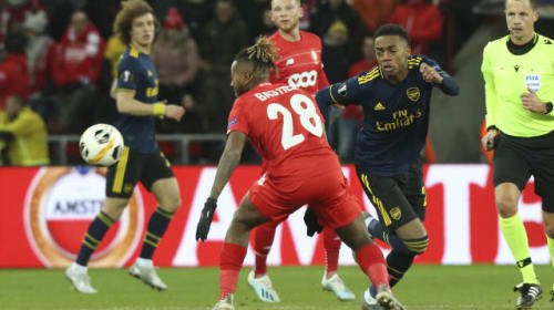 Arsenal come from behind to secure draw against Standard Liege
