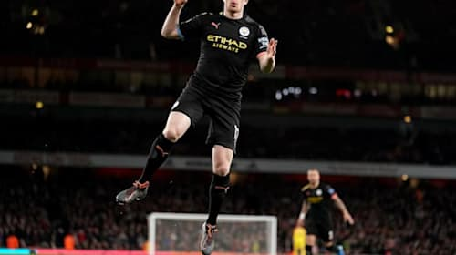 Three and easy for Manchester City as De Bruyne double demolishes Gunners