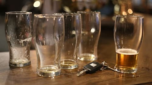 Virus crisis leads to closure of thousands of licensed premises – report