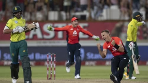 Morgan salutes Curran's 'unbelievable job' to get England over the line