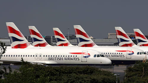 BA pilots vote in favour of industrial action in pay row