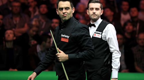 Selby dodges O'Sullivan fist bump before sealing Scottish Open semi-final spot