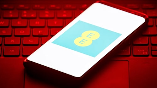 EE fined for sending customers marketing texts without consent