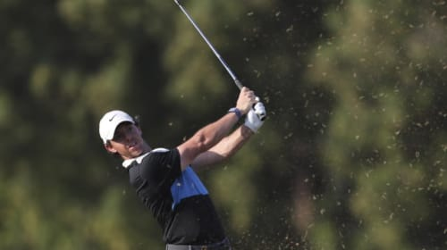 McIlroy back in contention in Dubai after quickly learning from Friday's errors