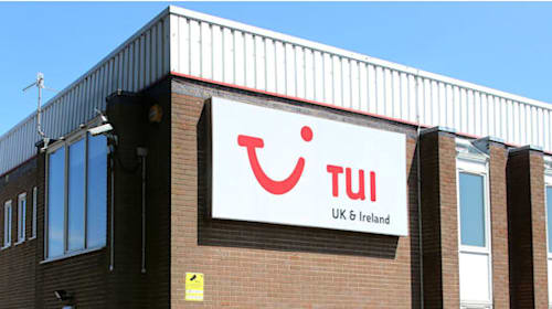 Tui warns over further hefty bill from 737 Max groundings as profits tumble