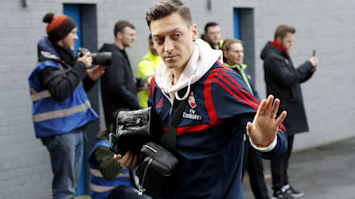 Mesut Ozil says goodbye and Joe Root earns praise – Sunday's sporting social