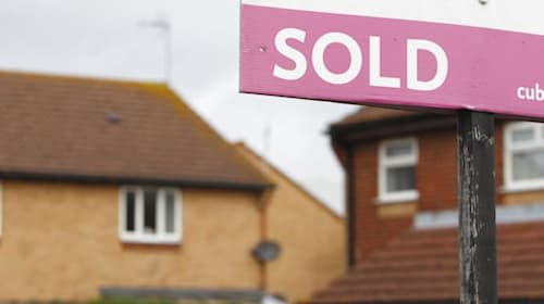 Average price tag on a home 'now just £40 below all-time high'