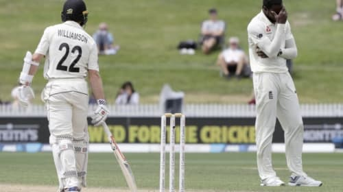 Williamson and Taylor stand firm as New Zealand frustrate England