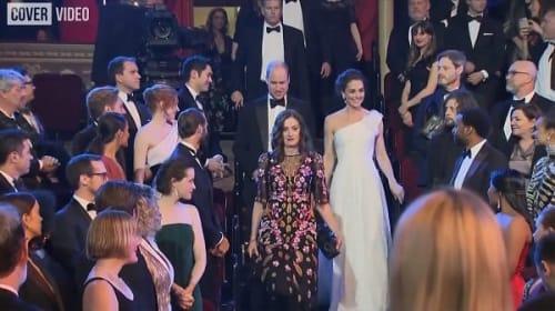 英ウィリアム王子とキャサリン妃、英国アカデミー賞授賞式で気まずい沈黙【映像】