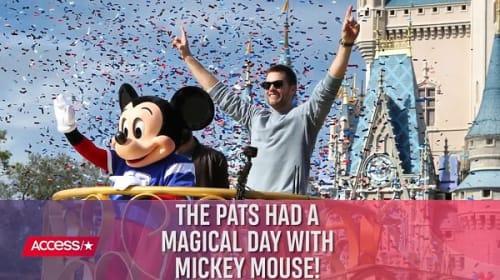 スーパーボウルを制したトム・ブレイディら、ディズニー・ワールドで祝福パレード