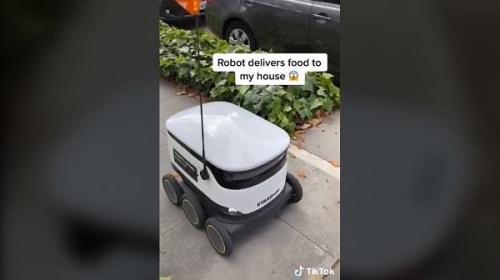 ロボットによる無人の宅配サービスを試してみた動画が話題に【映像】