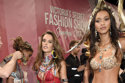 4465f35d346b9 How Victoria's Secret Angels are spending Valentine's Day - AOL ...