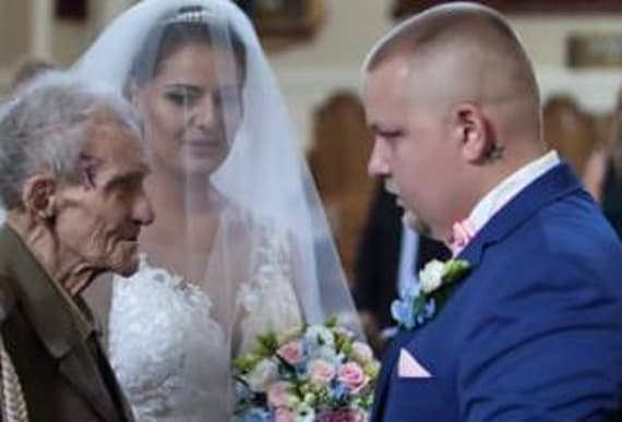 Decorated WWII Hero Dies Just Days After Giving Away Granddaughter At Wedding