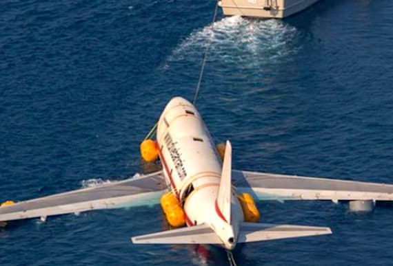 Country Intentionally Sinks An Airplane Into The Ocean For One Clever Purpose