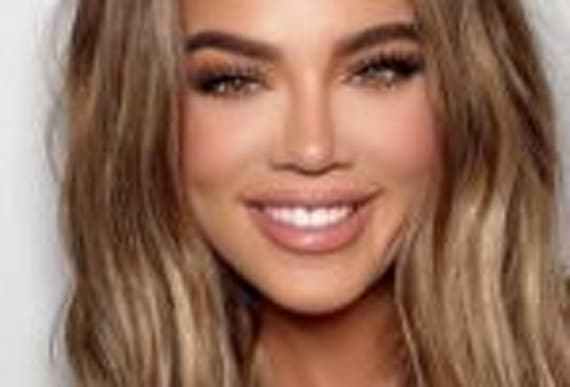 After Posting a Series of New Selfies, Khloé Kardashian Is Accused of Photoshopping and