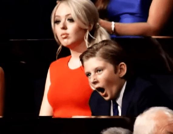 トランプの演説で眠そうな表情を見せた息子のバロン君、以前も大事な場面でウトウトしていた!? - AOL ニュース