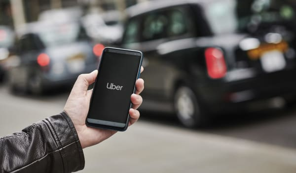 Uber Carte American Express.Uber Error Charges Riders 100 Times More Than The Original Price