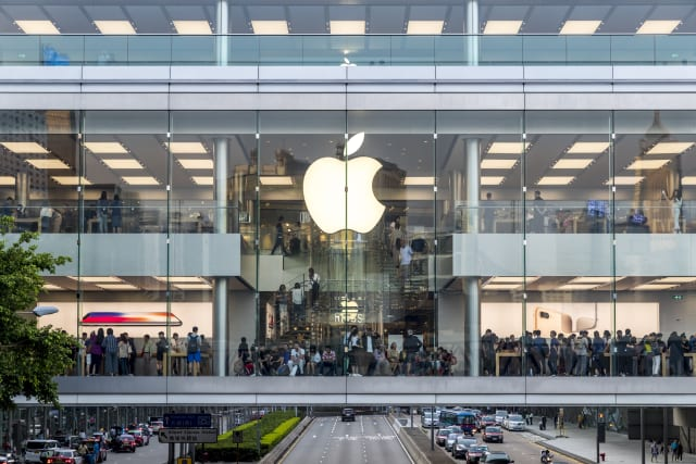 Central, Hong Kong  - October 29, 2017 : Crowded people shopping at Apple store of IFC mall just 5 days before iPhone X release at Sunday afternoon