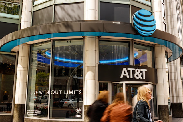 Chicago - Circa May 2018: AT&T Mobility Wireless Retail Store. AT&T now offers IPTV, VoIP, Cell Phones and DirecTV