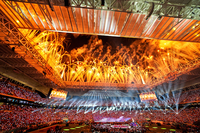 MIAMI GARDENS, FL - FEBRUARY 02: A general view of Hard Rock stadium as fireworks go off during the half-time show performed by music artists Jennifer Lopez and Shakira in game action during the Super Bowl LIV game between the Kansas City Chiefs and the San Francisco 49ers on February 2, 2020 at Hard Rock Stadium, in Miami Gardens, FL. (Photo by Robin Alam/Icon Sportswire via Getty Images)