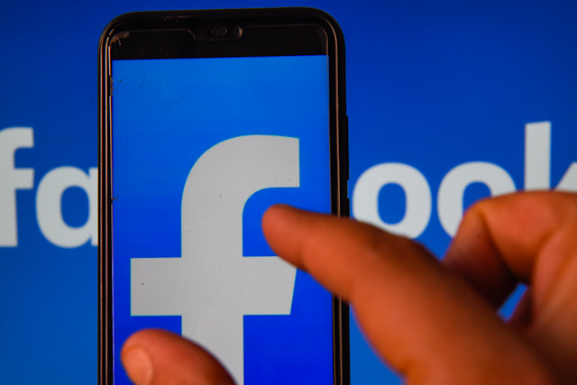 POLAND - 2020/06/03: In this photo illustration a Facebook logo is seen displayed on a smartphone. (Photo Illustration by Omar Marques/SOPA Images/LightRocket via Getty Images)