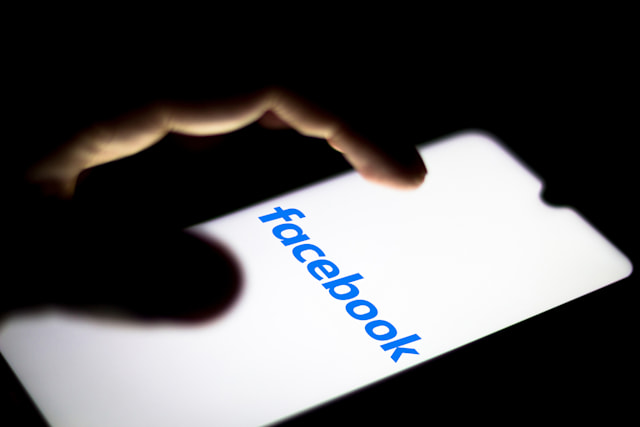 BRAZIL - 2020/06/29: In this photo illustration the Facebook logo seen displayed on a smartphone. (Photo Illustration by Rafael Henrique/SOPA Images/LightRocket via Getty Images)