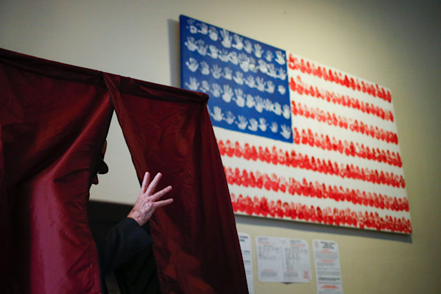 A man casts his ballot at polling station during New Jersey's primary elections on June 7, 2016 in Hoboken, New Jersey. / AFP / EDUARDO MUNOZ ALVAREZ        (Photo credit should read EDUARDO MUNOZ ALVAREZ/AFP via Getty Images)